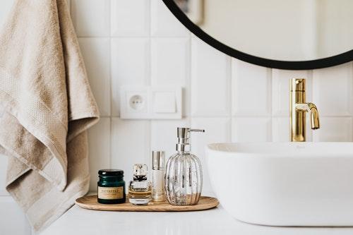 Natuurlijke producten in badkamer